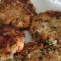 Spices Fish Cakes with Creamy Ginger Sauce